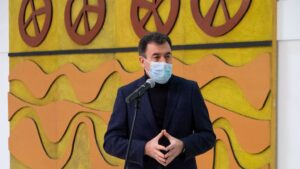 El conselleiro de Cultura, Educación e Universidade, Román Rodríguez, en la presentación del mural de Luís Seoane en la Cidade da Cultura