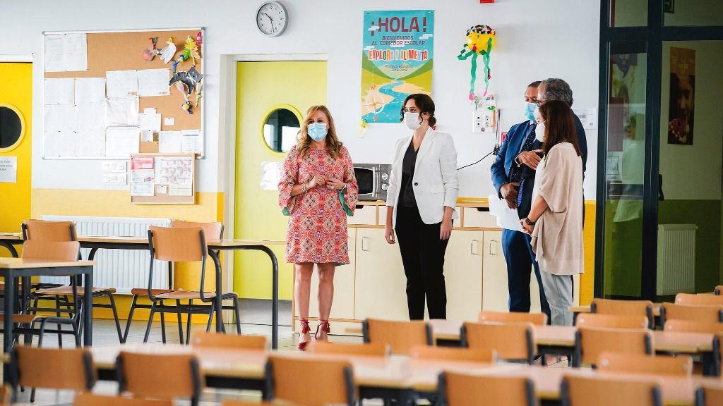 La escuela pública se moviliza para que Ayuso mantenga los docentes de refuerzo covid