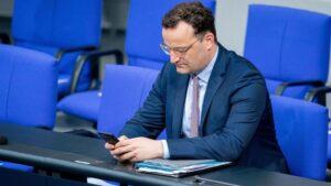 El ministro de Sanidad alemán, Jens Spahn, en el Bundestag