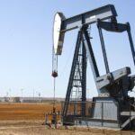 El petróleo alcanza máximos desde enero de 2020 tras mantener la OPEP+ las restricciones