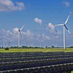 La Comunidad Europea llama a acelerar la transición a energías renovables ante el aumento del precio del gas