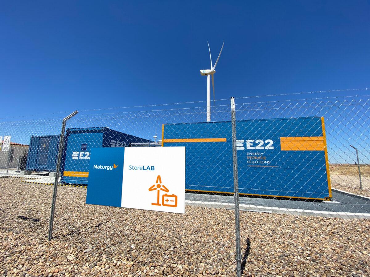 Almacenamiento con baterías en los parques eólicos de la Vega I y II