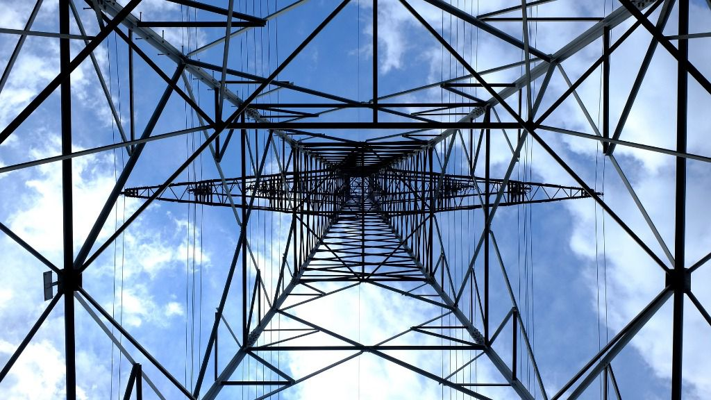 Torre eléctrica electricidad luz