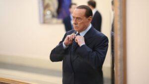 Silvio Berlusconi exprimer ministro de Italia