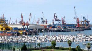Instalaciones portuarias del puerto de Bilbao