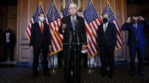 El líder del Partido Republicano en el Senado de Estados Unidos, Mitch McConnell