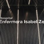 El goteo continuo de adjudicaciones a dedo de Ayuso para el Zendal: camas y carros por dos millones
