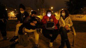 Vecinos de Granada, salan a la calle tras seis nuevos terremotos