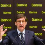 Goirigolzarri defiende el ERE de CaixaBank y su subida de sueldo