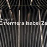Las enfermeras exigen a Ayuso que elija entre vacunar o atender pacientes covid en el Zendal