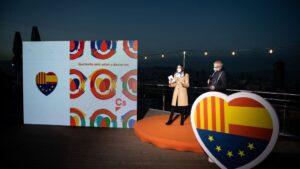 La presidenta de Ciudadanos, Inés Arrimadas y el candidato de Cs a la Presidencia de la Generalitat, Carlos Carrizosa en un acto de la campaña electoral para los comicios del 14 de febrero