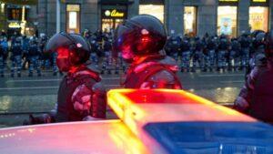 Policías antidisturbios en Moscú, Rusia