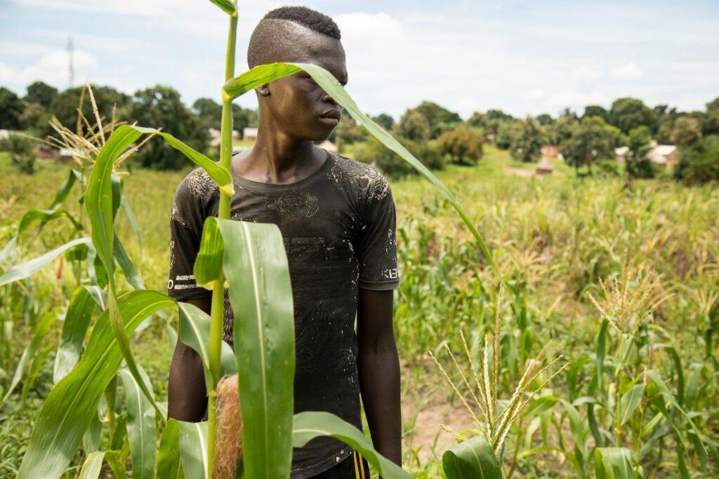 Un niño soldado liberado recibe ahora formación en el Tindoka Vocational Training Center, financiado por UNICEF y World Vision, en Yambio, Sudán del Sur - OSCAR DURAND