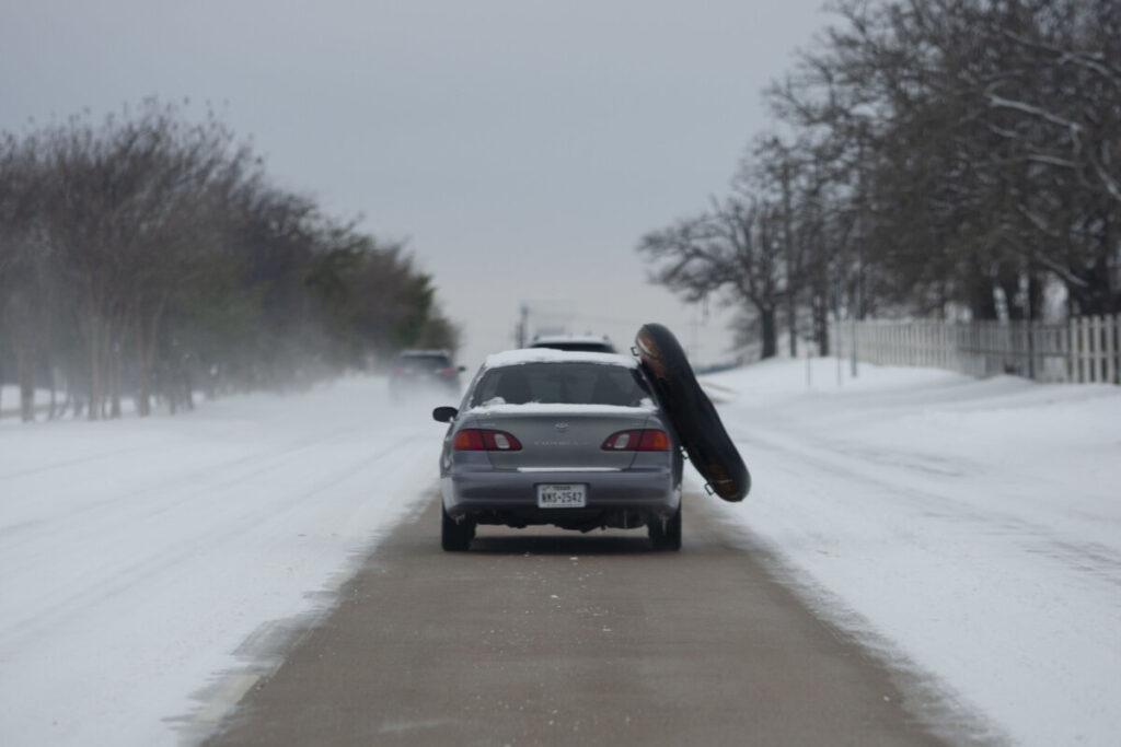 calle con nieve por la tormenta en Texas. - Chris Rusanowsky/ZUMA Wire/dpa