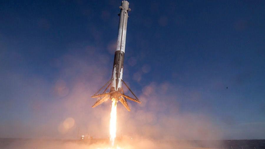 Cohete Tesla SpaceX