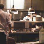 El salario medio sufre su mayor caída en medio siglo