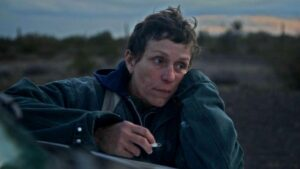 Frances McDormand protagoniza Nomadland - SEARCHLIGHT PICTURES