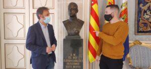 Compromís propone donar el busto del rey emérito del salón Azul a la delegación de Hacienda en Alicante - COMPROMÍS ALACANT