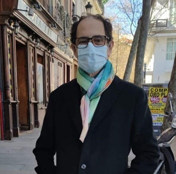 El actor barcelonés Jordi Sánchez ha recibido este miércoles el alta hospitalaria tras un mes y medio ingresado en el Hospital Universitario Fundación Jiménez Díaz (Madrid) por Covid-19.