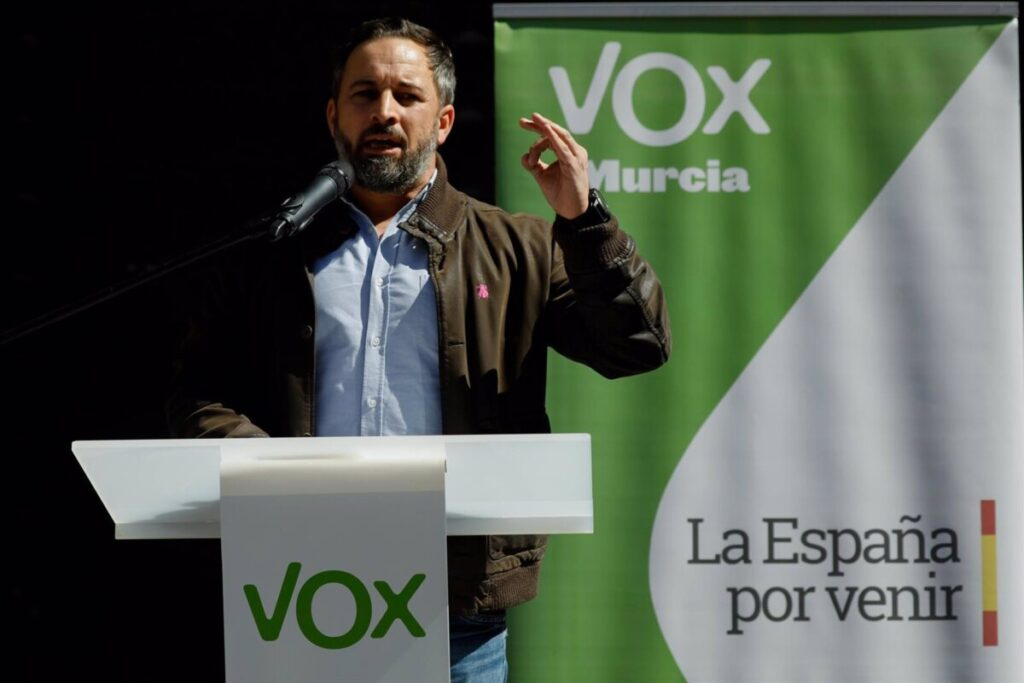 Santiago Abascal en la Plaza del Cardenal Belluga, en Murcia - DIMAS/EUROPA PRESS