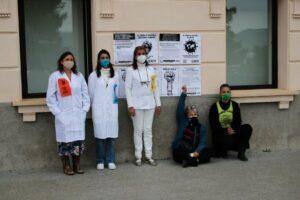 Un grupo de mujeres participan en una de las acciones de Scientist Rebellion