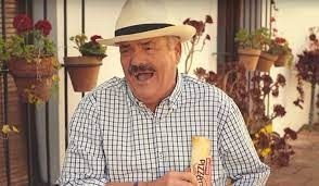El Risitas, durante la grabación de un anuncio de televisión - M.G.