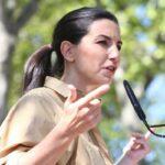 La Fiscalía se querella contra Monasterio por falsedad documental