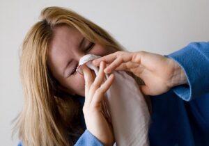 Gripe alergia estornudo