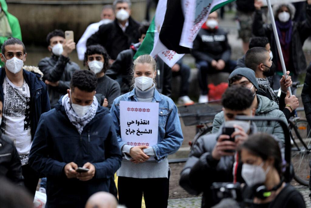Cientos de personas salen a las calles de Berlín para protestar por la ofensiva israelí en Gaza