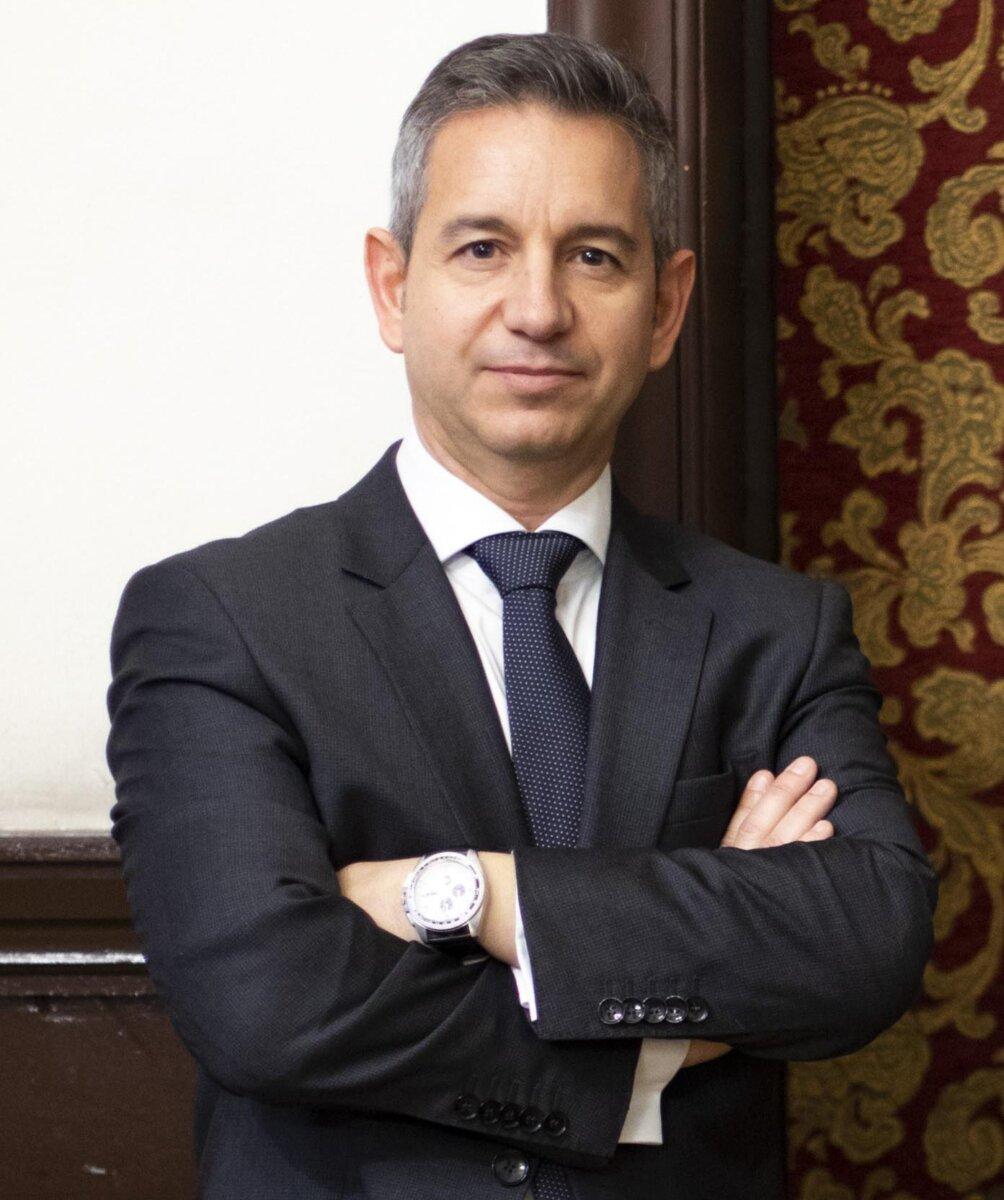 Fernando Novo Lens. Encuentros con España