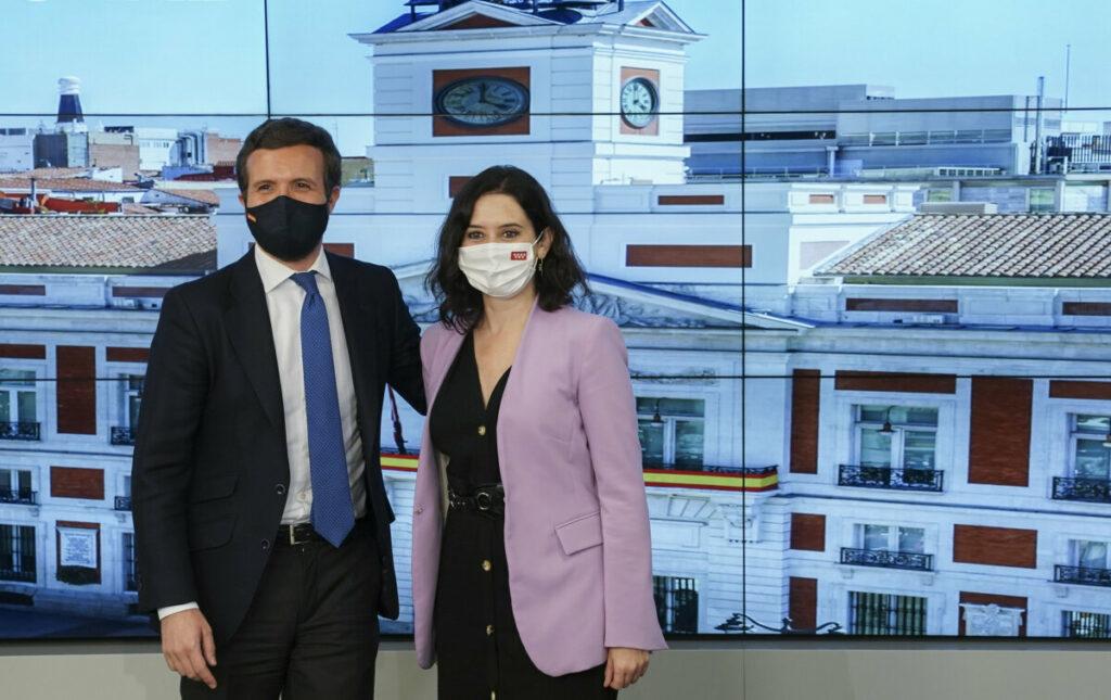 Pablo Casado e Isabel Díaz Ayuso en la reunión del Comité Ejecutivo Nacional del PP.