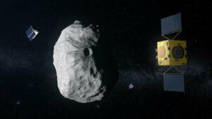 Ilustración de la misión Hera (con sus dos CubeSats) de la Agencia Espacial Europea, dirigida hacia un asteroide binario formado por Didymos (780 m de diámetro) y Dimorphos (160 m). Hera estudiará las secuelas del impacto causado por la nave espacial DART de la NASA en el cuerpo más pequeño. / ESA–ScienceOffice.org