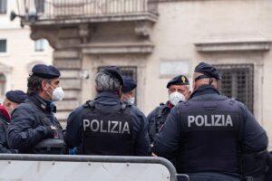 Archivo - Agentes de la Policía italiana - MATTEO NARDONE / ZUMA PRESS / CONTACTOPHOTO