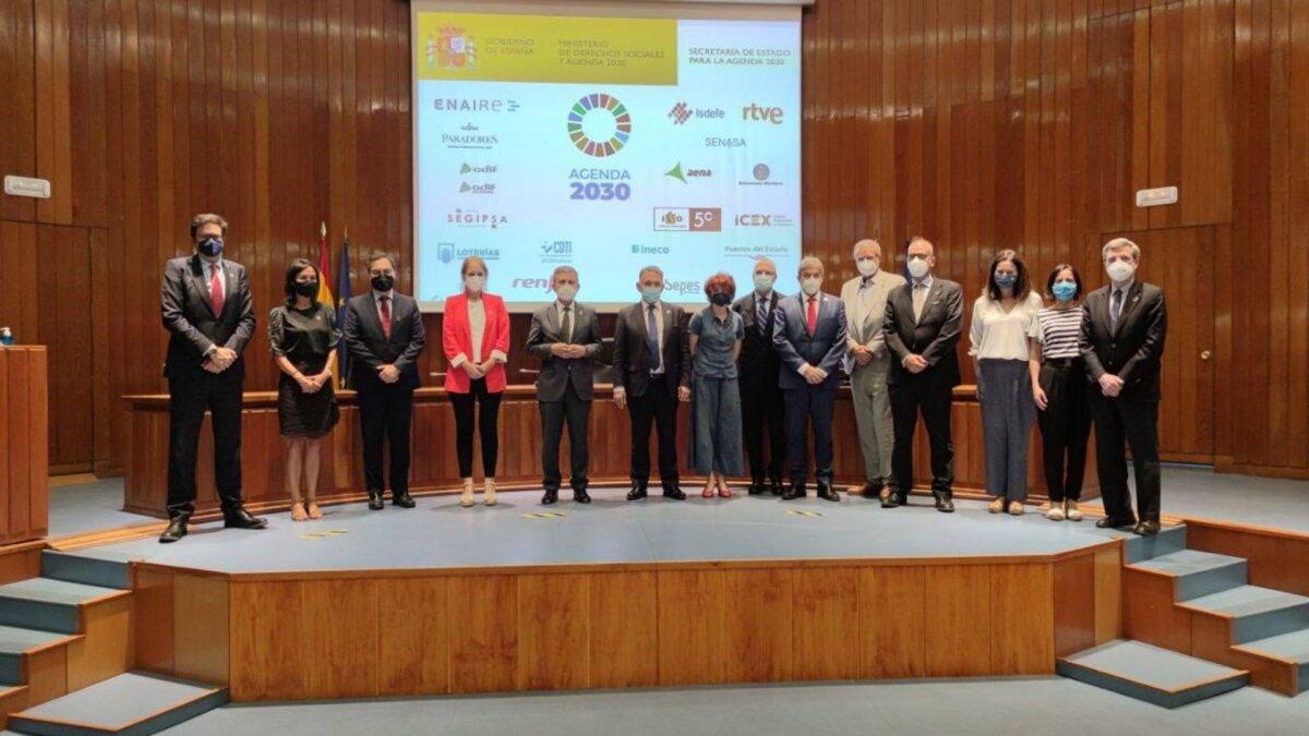 Firma del convenio entre el Ministerio de Derechos Sociales y Agenda 2030 y 18 empresas públicas - MINISTERIO DE DERECHOS SOCIALES Y AGENDA 2030