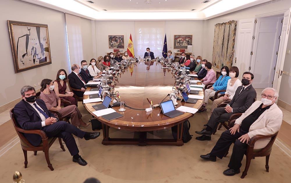 Foto de todos los ministros en sala histórica del Consejo. - Eduardo Parra - Europa Press