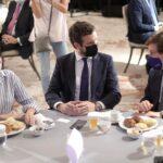Nuevo episodio de tensión entre 'Génova' y el equipo de Ayuso ante la Junta Directiva del PP madrileño del viernes