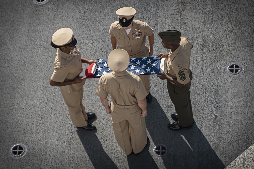 Marines estadounidenses participan en una ceremonia en recuerdo a las víctimas de los atentados del 11 de septiembre en Nueva York - Sgt. Alexis Flores/U.S. Marines/ DPA