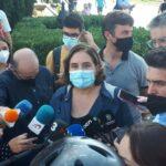 La alcaldesa de Barcelona, Ada Colau, en declaraciones a los medios. - EUROPA PRESS