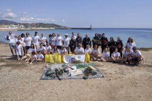 Andalucía. Cádiz. Tarifa. Foto De Grupo De Los Voluntarios Que Han Participado En La Limpieza De Fondos Marinos En La Playa Chica De La Isla De Tarifa. Foto: Gogo Lobato. - GOGO LOBATO