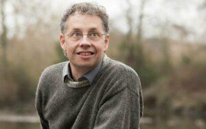 El biólogo teórico y evolutivo Carl Bergstrom, coautor del libro 'Contra la charlataneria'. / Kris Tsujikawa