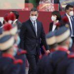 Sánchez se compromete a abolir la prostitución y a poner fin a la reforma laboral y la 'Ley Mordaza'