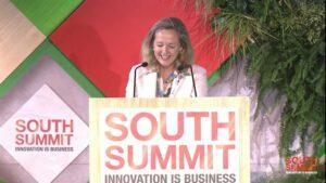 La vicepresidenta primera y ministra de Asuntos Económicos, Nadia Calviño, en su intervención en South Summit. - SOUTH SUMMIT